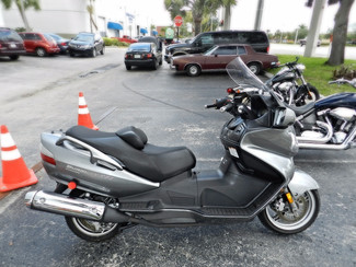 2011 Suzuki Burgman 650 Executive in Hollywood, Florida