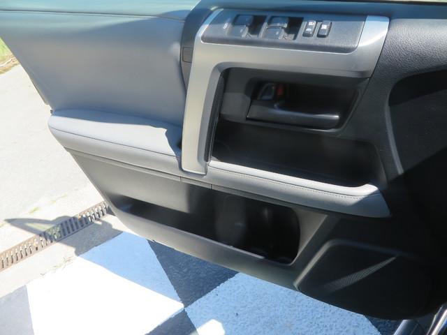 2011 Toyota 4Runner SR5 Charlotte-Matthews, North Carolina 31