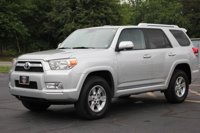 2011 Toyota 4Runner SR5 4X4 - SUNROOF - CONVENIENCE PKG! Mooresville , NC 17
