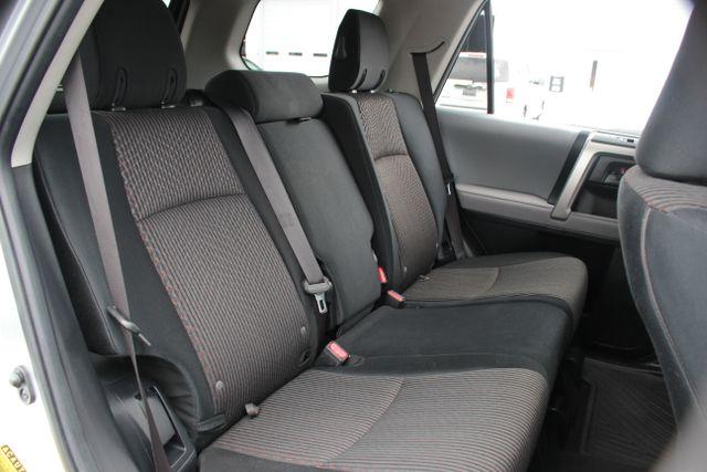 2011 Toyota 4Runner SR5 4X4 - SUNROOF - CONVENIENCE PKG! Mooresville , NC 10