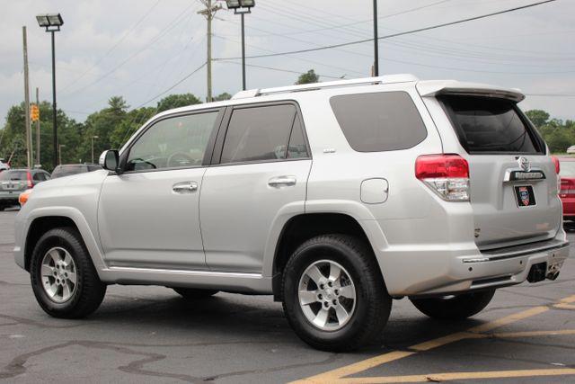 2011 Toyota 4Runner SR5 4X4 - SUNROOF - CONVENIENCE PKG! Mooresville , NC 18