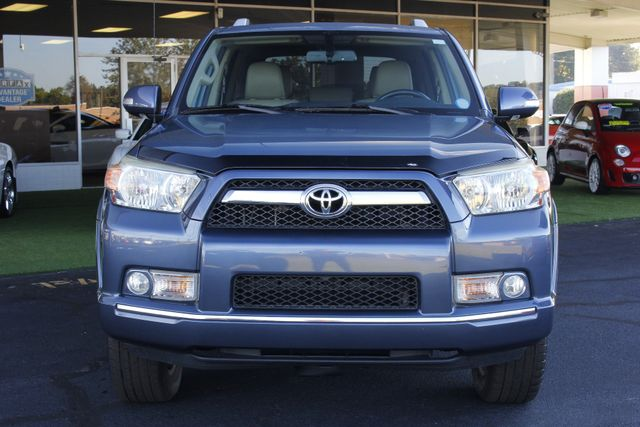 2011 Toyota 4Runner Limited 4WD - SUNROOF - HEATED LEATHER! Mooresville , NC 17