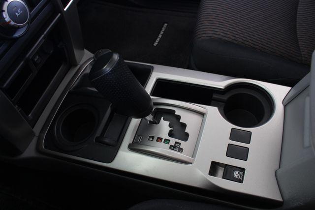 2011 Toyota 4Runner SR5 4x4 - SUNROOF - BUCKET SEATS! Mooresville , NC 37