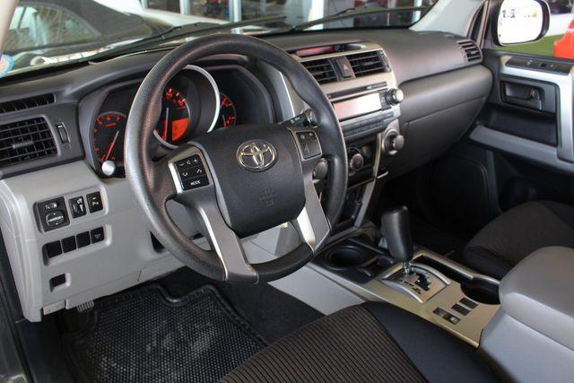 2011 Toyota 4Runner SR5 4x4 - SUNROOF - BUCKET SEATS! Mooresville , NC 31