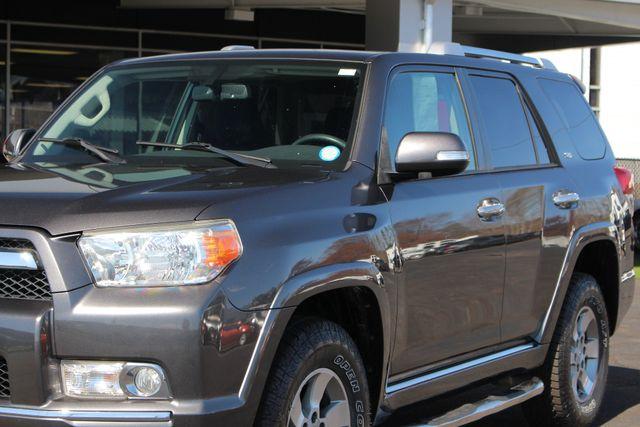 2011 Toyota 4Runner SR5 4x4 - SUNROOF - BUCKET SEATS! Mooresville , NC 26