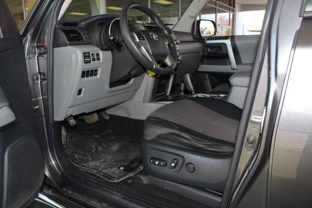2011 Toyota 4Runner SR5 4x4 - SUNROOF - BUCKET SEATS! Mooresville , NC 29