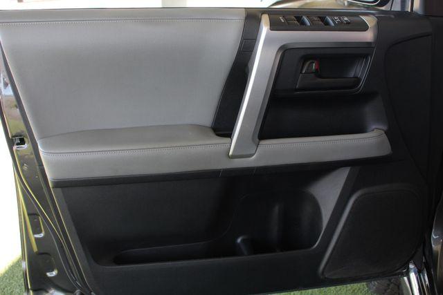 2011 Toyota 4Runner SR5 4x4 - SUNROOF - BUCKET SEATS! Mooresville , NC 41
