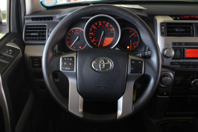 2011 Toyota 4Runner SR5 4x4 - SUNROOF - BUCKET SEATS! Mooresville , NC 6