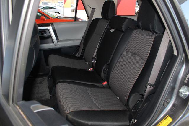 2011 Toyota 4Runner SR5 4x4 - SUNROOF - BUCKET SEATS! Mooresville , NC 11