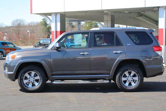 2011 Toyota 4Runner SR5 4x4 - SUNROOF - BUCKET SEATS! Mooresville , NC 16