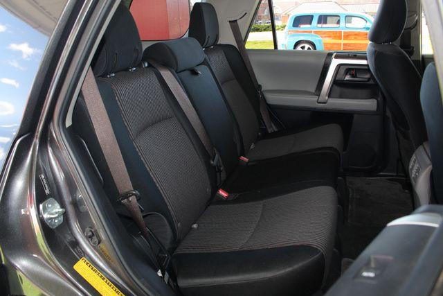 2011 Toyota 4Runner SR5 4x4 - SUNROOF - BUCKET SEATS! Mooresville , NC 13