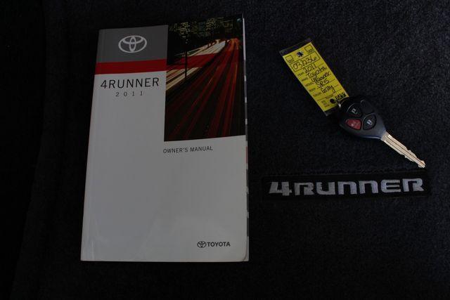 2011 Toyota 4Runner SR5 4x4 - SUNROOF - BUCKET SEATS! Mooresville , NC 19
