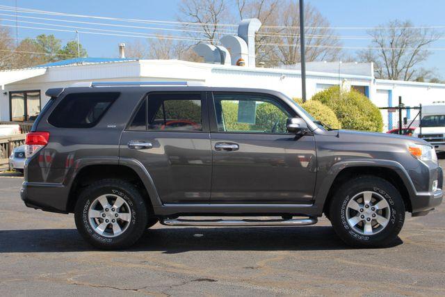 2011 Toyota 4Runner SR5 4x4 - SUNROOF - BUCKET SEATS! Mooresville , NC 15
