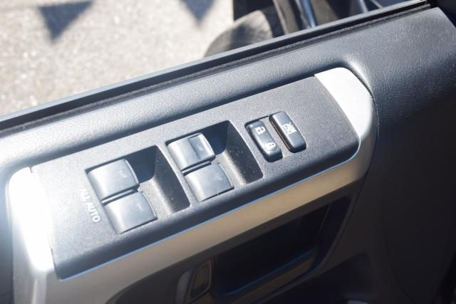 2011 Toyota 4Runner 4WD 4dr V6 Richmond Hill, New York 10