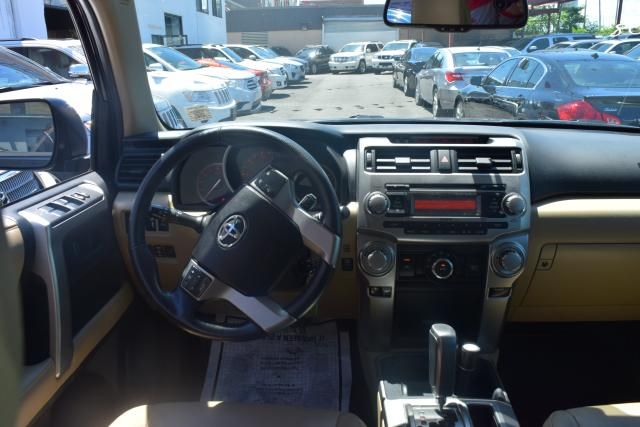 2011 Toyota 4Runner 4WD 4dr V6 Richmond Hill, New York 5