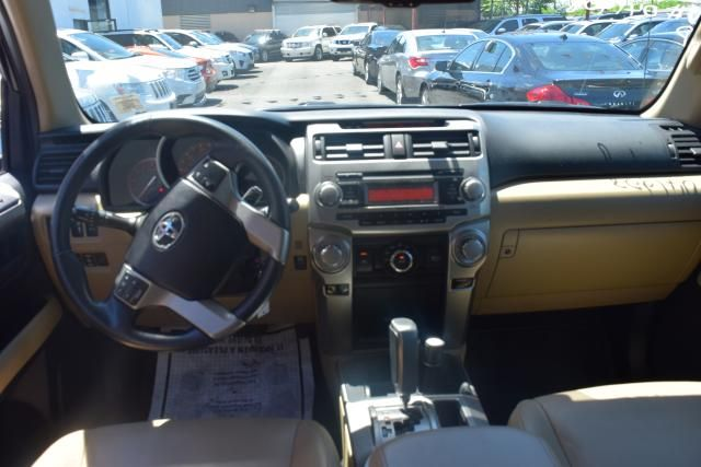 2011 Toyota 4Runner 4WD 4dr V6 Richmond Hill, New York 6