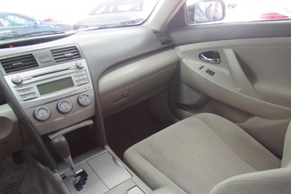 2011 Toyota Camry LE Chicago, Illinois 13