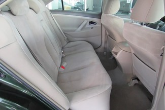 2011 Toyota Camry LE Chicago, Illinois 16