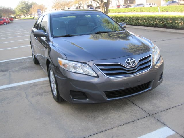 2011 Toyota Camry LE, Leather, Loaded, 1 Owner, Lo Miles Plano, Texas 1