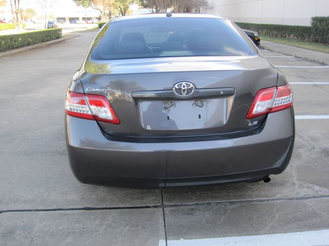 2011 Toyota Camry LE, Leather, Loaded, 1 Owner, Lo Miles Plano, Texas 8