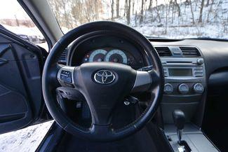 2011 Toyota Camry SE Naugatuck, Connecticut 4