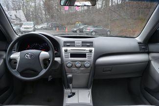 2011 Toyota Camry LE Naugatuck, Connecticut 16