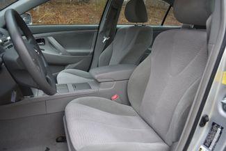 2011 Toyota Camry LE Naugatuck, Connecticut 19