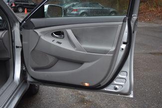 2011 Toyota Camry LE Naugatuck, Connecticut 8