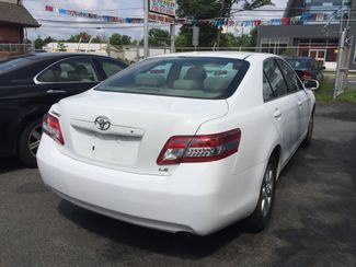 2011 Toyota Camry LE New Brunswick, New Jersey 5