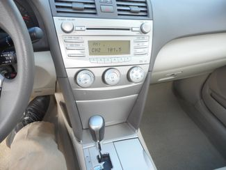 2011 Toyota Camry LE New Windsor, New York 18