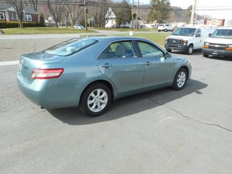 2011 Toyota Camry LE New Windsor, New York 3