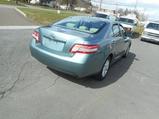 2011 Toyota Camry LE New Windsor, New York 4
