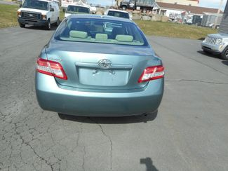 2011 Toyota Camry LE New Windsor, New York 5