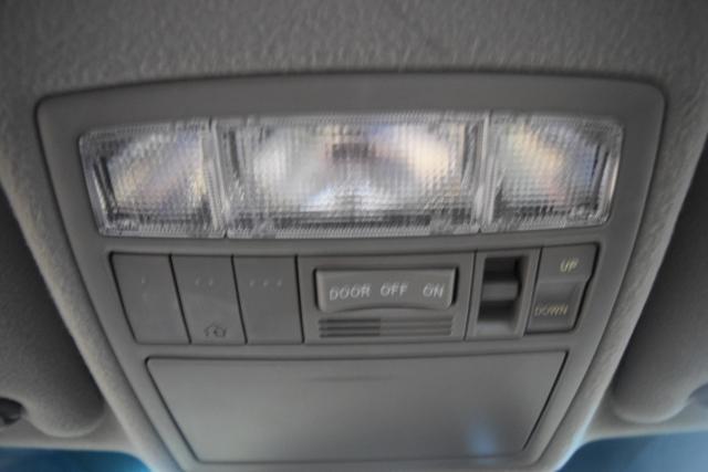 2011 Toyota Camry 4dr Sdn I4 Auto XLE Richmond Hill, New York 13