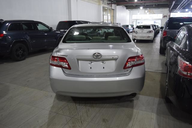 2011 Toyota Camry 4dr Sdn I4 Auto LE Richmond Hill, New York 3