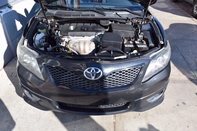 2011 Toyota Camry Richmond Hill, New York 3