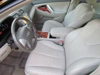 2011 Toyota Camry XLE  Low Miles Navi / Camera / moon roof/ leather Sacramento, CA 13
