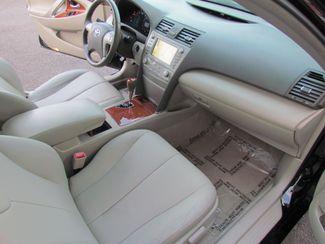 2011 Toyota Camry XLE  Low Miles Navi / Camera / moon roof/ leather Sacramento, CA 17