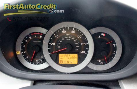 2011 Toyota RAV4    Jackson , MO   First Auto Credit in Jackson , MO