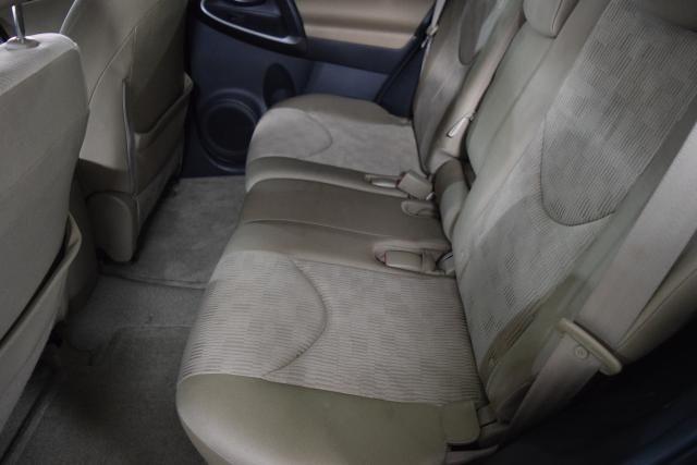2011 Toyota RAV4 4WD 4dr 4-cyl 4-Spd AT (GS) Richmond Hill, New York 3