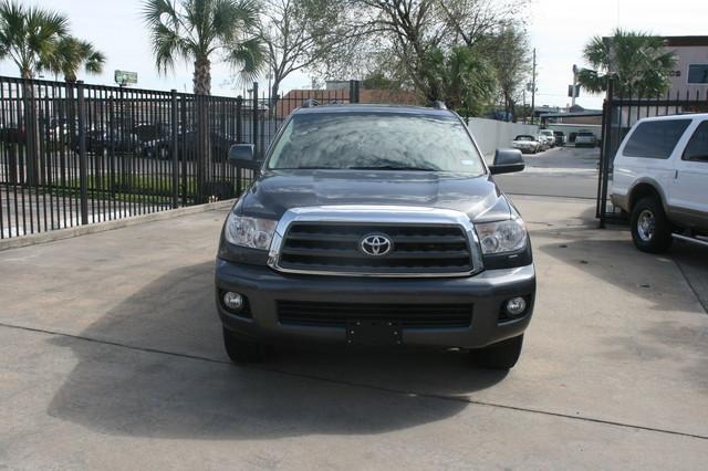 2011 Toyota Sequoia SR5 Houston, Texas 0