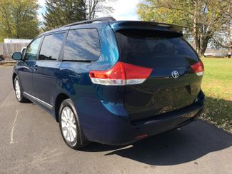 2011 Toyota Sienna LE  city PA  Pine Tree Motors  in Ephrata, PA