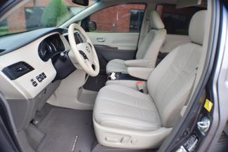 2011 Toyota Sienna XLE Memphis, Tennessee 4