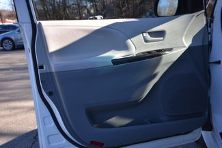 2011 Toyota Sienna Naugatuck, Connecticut 16