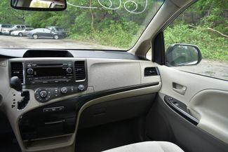 2011 Toyota Sienna LE Naugatuck, Connecticut 17