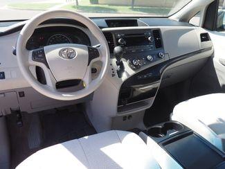 2011 Toyota Sienna LE Pampa, Texas 6