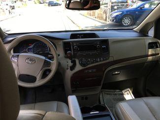 2011 Toyota Sienna XLE Portchester, New York 7