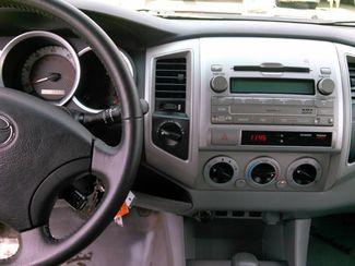 2011 Toyota Tacoma Double Cab V6 Auto 4WD LINDON, UT 3