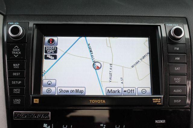 2011 Toyota Tundra PLATINUM CrewMax 4x4 - NAV - SUNROOF! Mooresville , NC 4