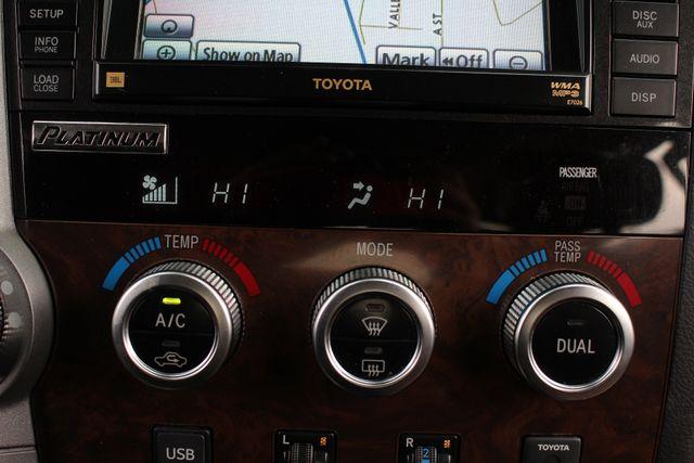 2011 Toyota Tundra PLATINUM CrewMax 4x4 - NAV - SUNROOF! Mooresville , NC 37